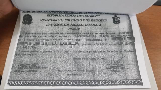 Mulher que deu aula por 15 dias com diploma falso é indiciada