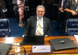 Líder da Quadrangular se torna senador por Tocantins