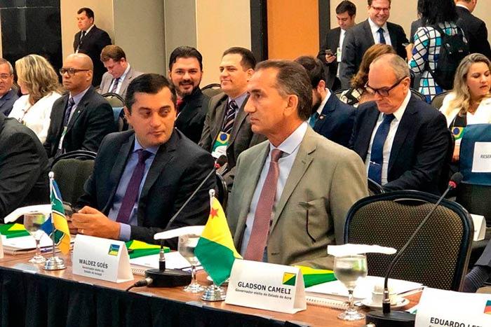 Em Brasília, Waldez defende novo pacto entre estados e União
