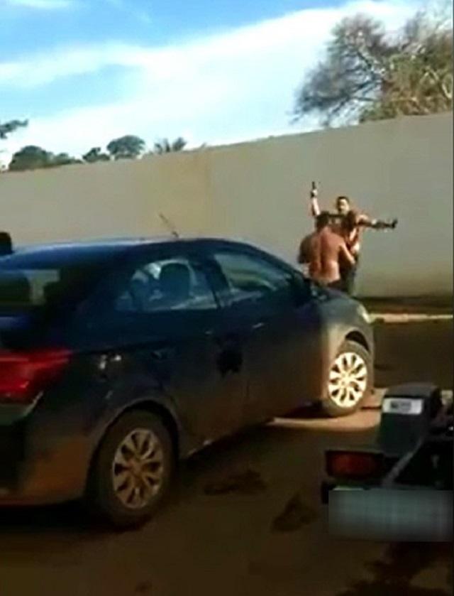 Policial que agrediu esposa e atirou em taxista tem prisão decretada