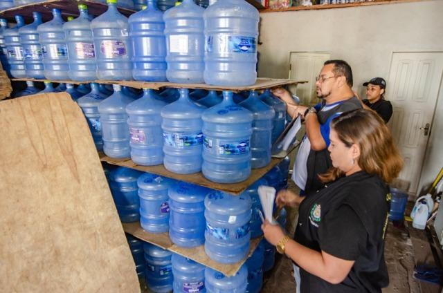 Operação autua 10 empresas de água mineral no AP