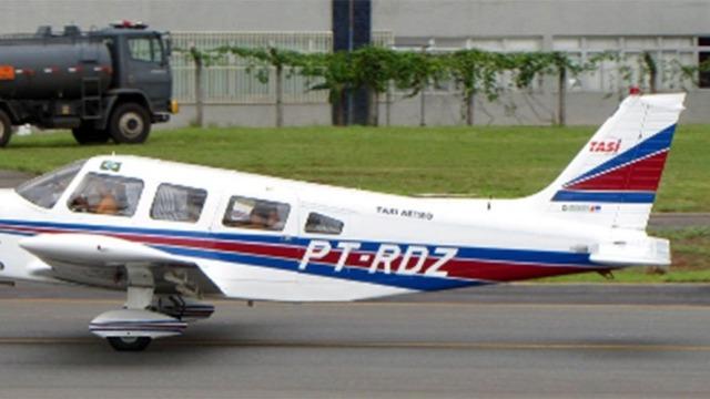 Piloto de avião desaparecido teria informado pouso de emergência, diz filha