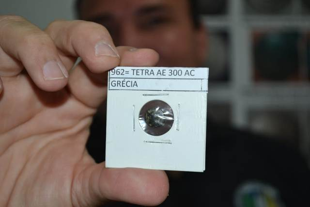 Colecionadores do AP apresentam moedas de 300 anos A.C