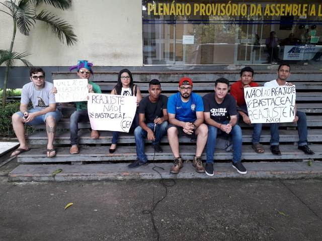MBL faz protesto contra aumento da tarifa de energia no AP