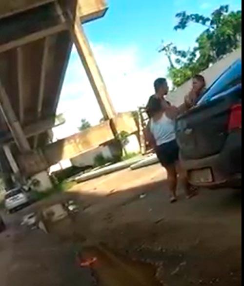Cabo pede desculpas à esposa, presta depoimento e é liberado