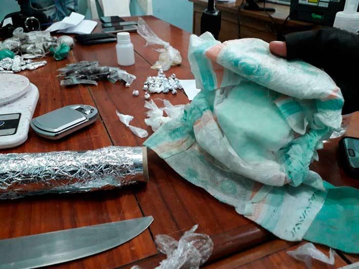 Traficantes usavam fralda suja para esconder drogas