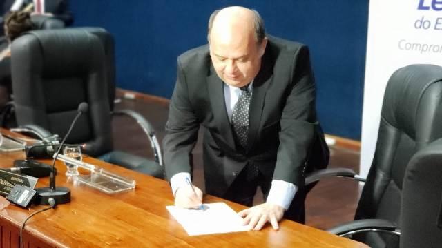 Relatoria de processos contra Kaká tem impasse