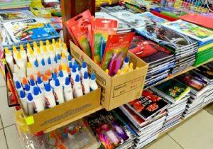 Material escolar: Procon divulga referência para consumidor economizar