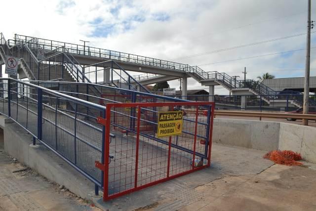 Com perigo de acidentes, passarelas da zona norte são interditadas pelo Dnit