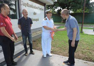 Marinha recebe apoio da Amcel para doar coletes salva-vidas a ribeirinhos