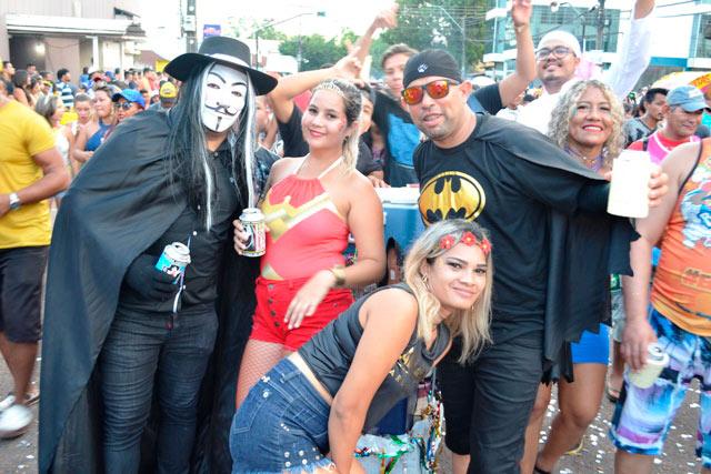 Blocos, Festival e A Banda: veja os 3 dias de programação do Carnaval