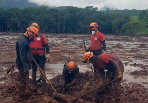 Corpo de turista grávida é localizado por bombeiros do Amapá, em Brumadinho