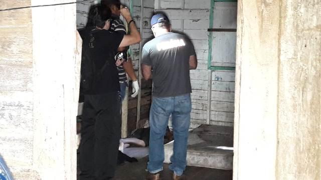 Corpo de adolescente é achado debaixo de colchão