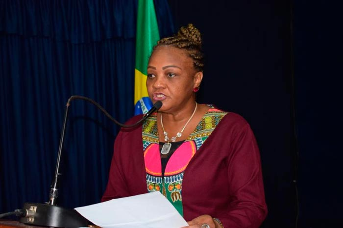 Deputada é condenada à perda da função pública