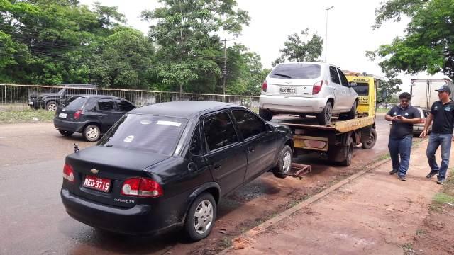 Operação tira de circulação veículos usados em transporte clandestino