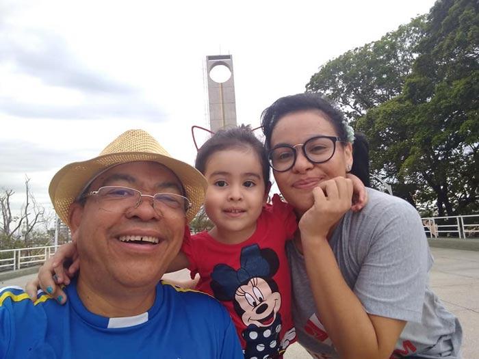 Com dívida de R$ 25 mil, jornalista com câncer ganha mobilização no Amapá