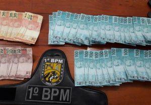 Polícia encontra R$ 6 mil em cédulas falsas em casa de suspeito