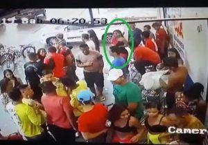 VÍDEO: Jovem é morta com tiro na cabeça em Santana