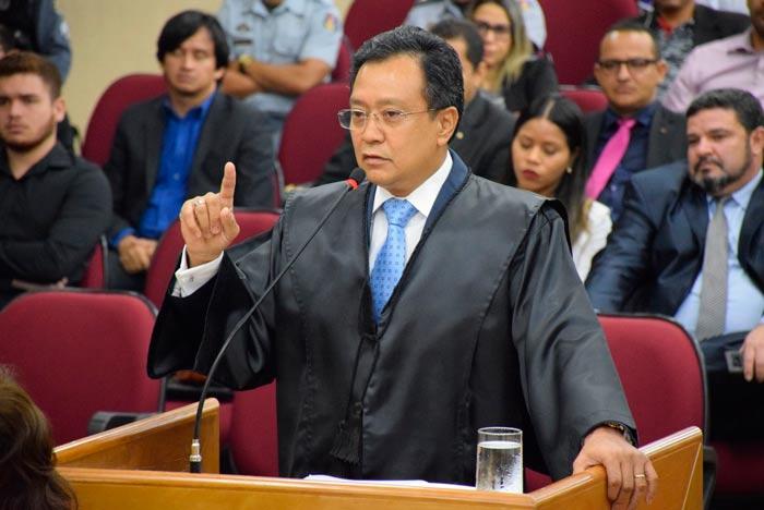 Julgamento do presidente da Assembleia: advogados se revezam na defesa