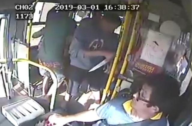 Polícia procura assaltantes que esfaquearam motorista. VEJA VÍDEO