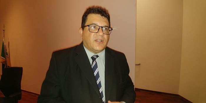 Após infarto, juiz João Bosco aguarda por cateterismo