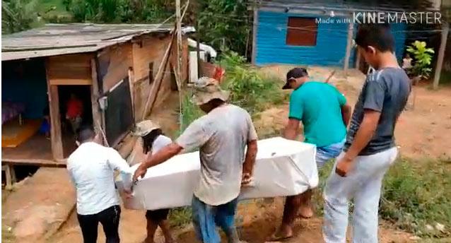 Famílias sofrem para sepultar parentes mortos na Guiana Francesa