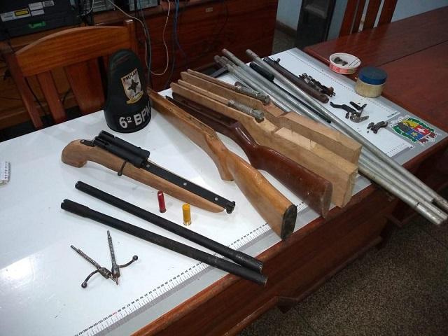 PM do Amapá desmonta fábrica de armas caseiras em movelaria