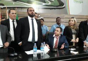 MP pede à Polícia Civil que apure confusão na Câmara de Macapá