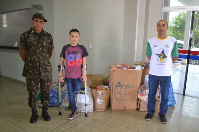 Sem convênio, ONG Carlos Daniel recebe doação do Exército
