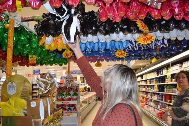 Próximo da Páscoa, venda de ovos ainda é tímida, dizem comerciantes