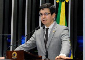Pré-sal: Proposta de Randolfe prevê dobro recursos para o Amapá