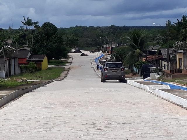 Ruas de Porto Grande são pavimentadas com emenda de Randolfe