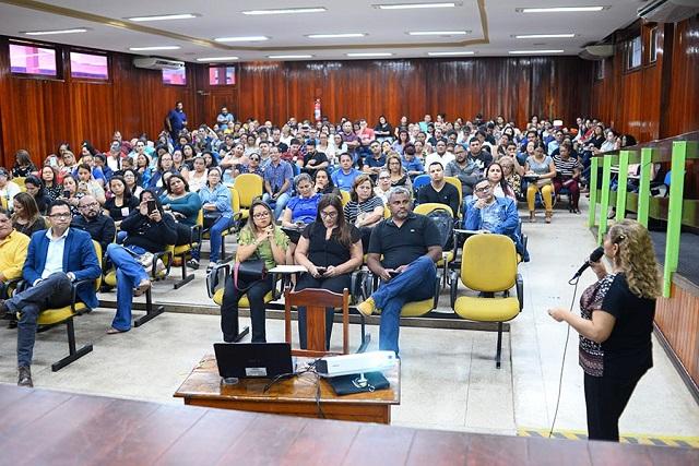 Censo Escolar 2019 inicia com orientação a gestores amapaenses