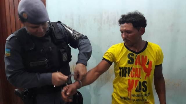 Ex-detento é preso após esfaquear o enteado