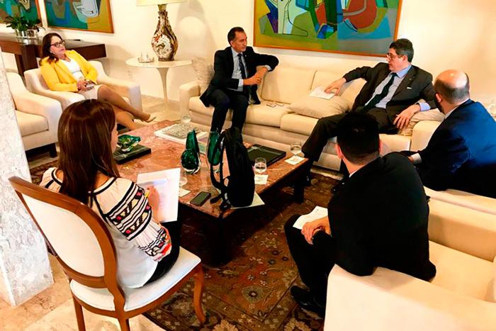 Waldez retoma diálogo com BNDES