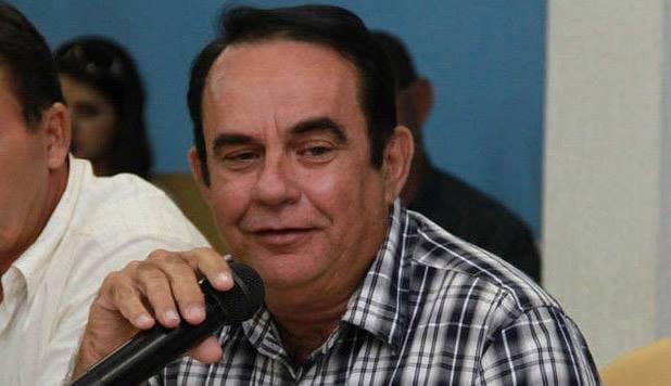 Ex-prefeito de Amapá é condenado por nepotismo