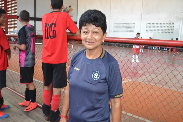 Sônia, a treinadora com mais de 1 mil atletas