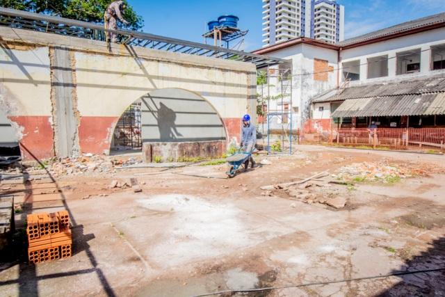 Com arquitetura preservada, GEA prevê até dezembro entrega de escola tradicional