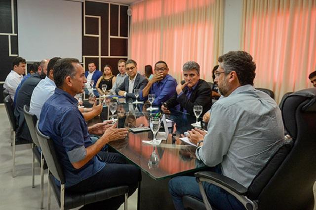 Waldez e Clécio superam diferenças políticas e propõem parceria por Macapá