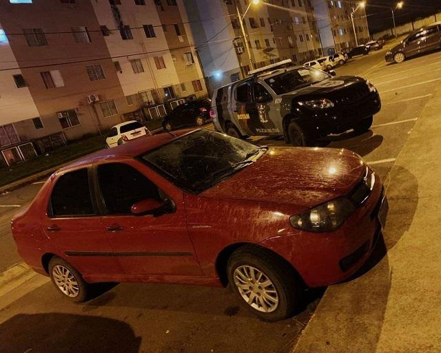 Bope recupera carro e moto levados em assaltos