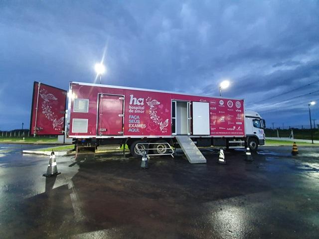 Outubro Rosa: Sesa oferta atendimentos em carretas; confira a programação