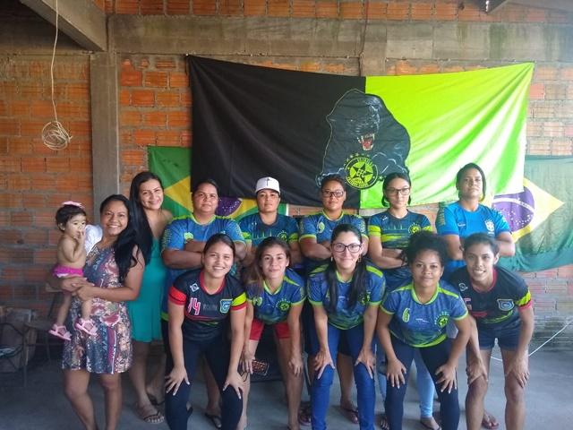 Em Macapá, jogadoras se reúnem para assistir Seleção Feminina de Futebol