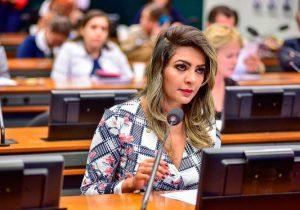 STJ nega liberdade a irmão de ex-deputada foragida