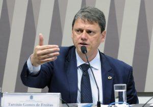 Ministro marca para o dia 30 a entrega da nova ordem de serviço da BR-156