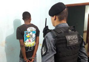 Com quase 100 porções de drogas, traficante é denunciado e preso