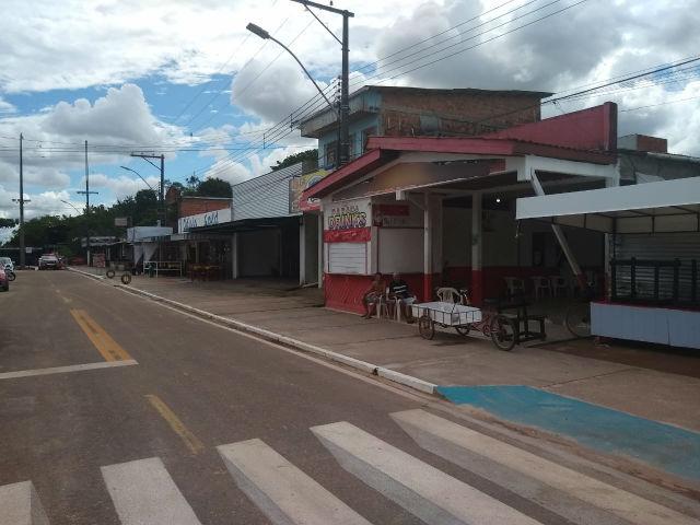 Fazendinha: Comerciantes se defendem da reclamação de preços e atendimento