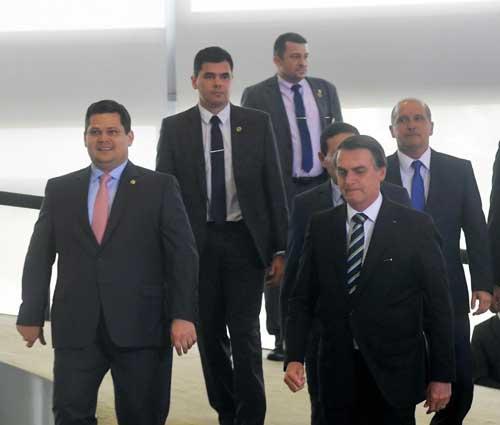 Em 200 dias do governo Bolsonaro, Davi ressalta harmonia entre os Poderes