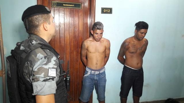Dupla é presa tentando dar golpe em esposa de policial militar
