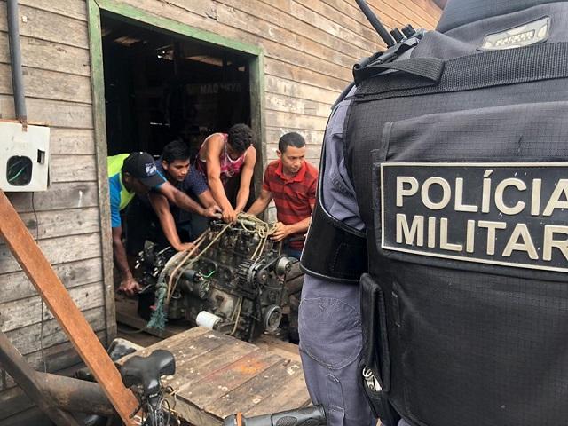 Ladrões levam barco avaliado em R$ 45 mil e retiram motor