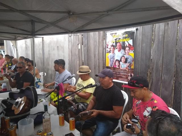 """Macapá tem velório com samba: conheça o """"gurufim"""""""